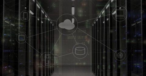 Abgedunkelter Serverraum